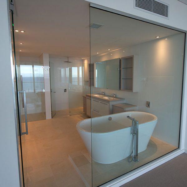 Mandurah-Glass-Shower-Screen-Frameless-01